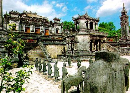 vietnam-destination-hue-Khai-Dinh-Tomb
